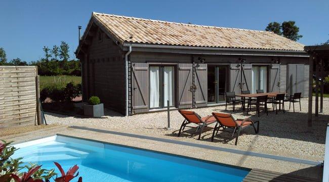 Chalet avec piscine privée couverte